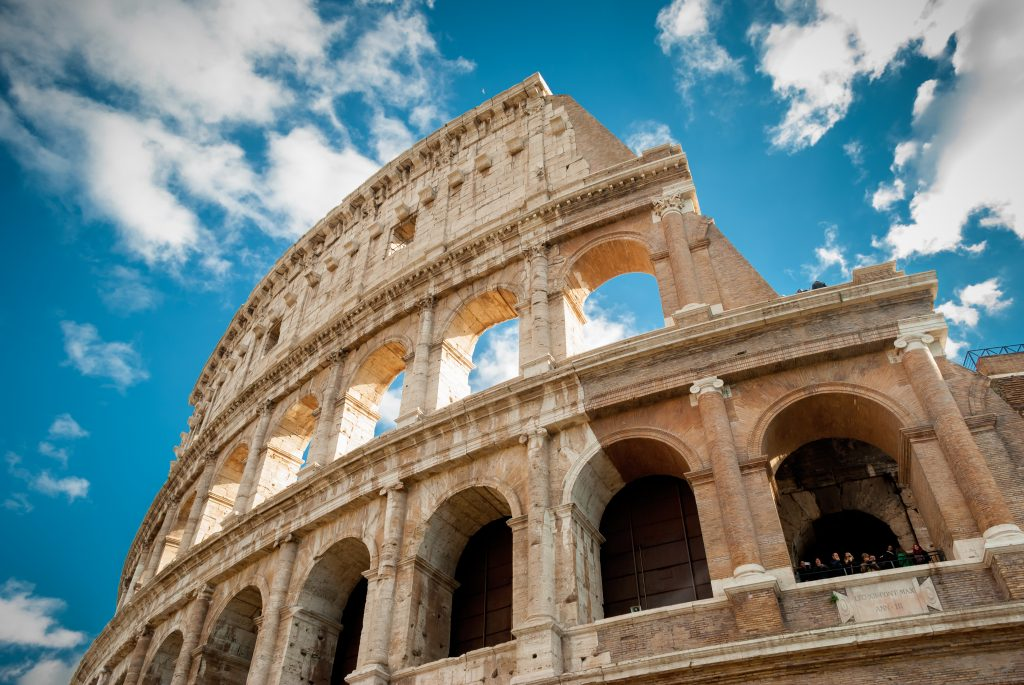 The Colosseo, one of the main attractions of Rome