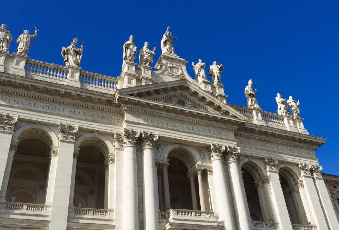 VISIT THE CHURCHES OF ROME IN 3 DAYS.: SAN GIOVANNI IN LATERANO